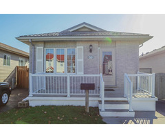 Vacant clean 3 bedroom home available now in Ontario