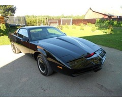 Knight Rider KITT For Sale! -Degelis